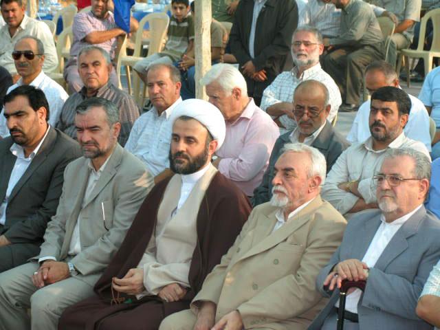 صور للمرحوم حبيب الله عسكر أولادي أثناء جولته على مراكز الإمداد - لبنان