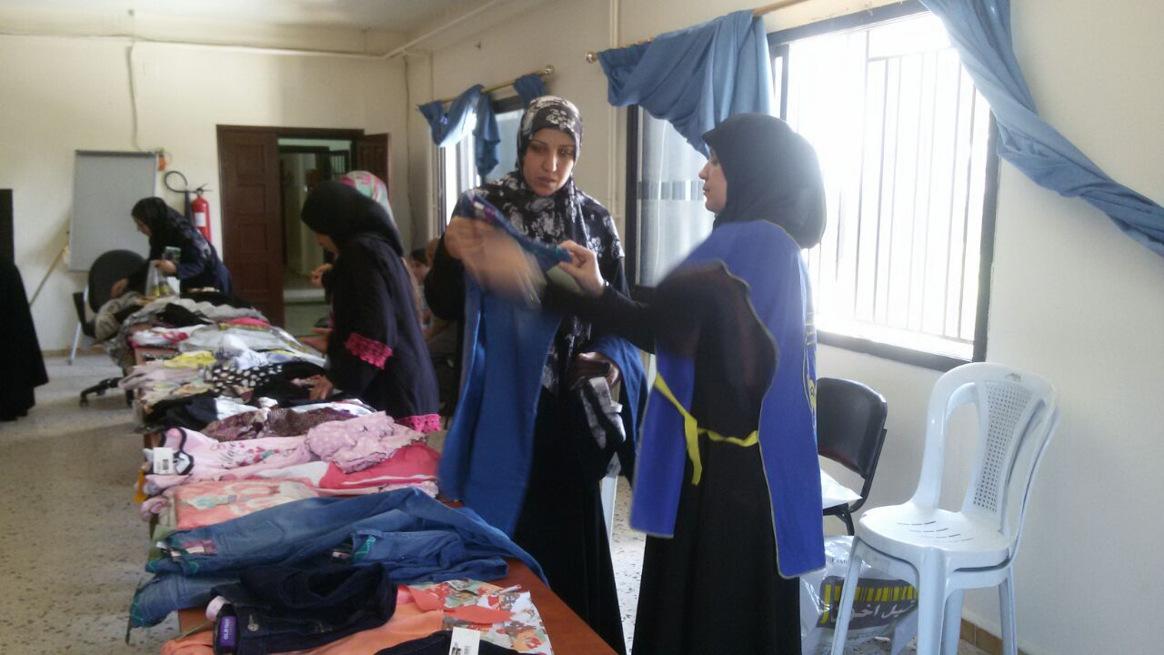توزيع كسوة العيد في الهرمل