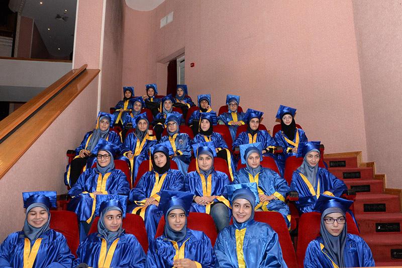 مهرجان مداد الخير لتخريج 970 طالباً وطالبة ممن تتكفلهم جمعية الإمداد في الأونيسكو